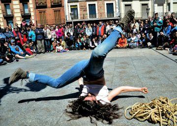 Alcalá celebra con espectáculos simultáneos el Día de la Danza