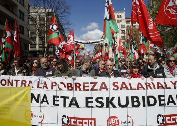 Los sindicatos congregan a miles de personas contra la precariedad