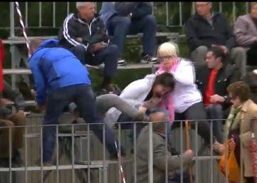 Vídeo | Agresión a dos animalistas durante un 'correbou' en Tarragona