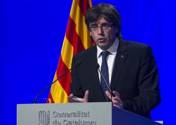 Puigdemont sugiere que Cataluña seguirá el camino de Kosovo