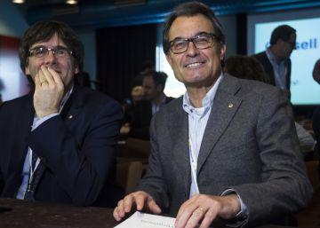 Mas corrige a Puigdemont y señala Escocia como la vía catalana