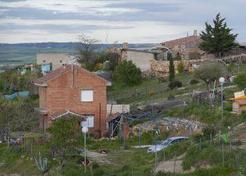 Las urbanizaciones ilegales se enquistan en la región