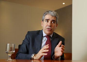 Homs admite descoordinación en la Generalitat por la subida del IRPF