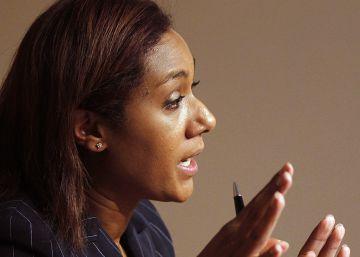 La juez cita como imputada en la F-1 a la exconsejera Lola Johnson