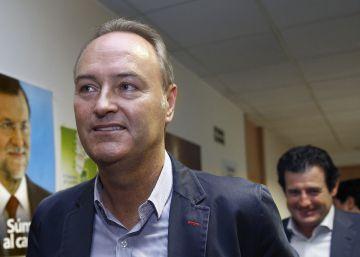 Fabra ordenó buscar al topo del Palau, según su exjefe de seguridad