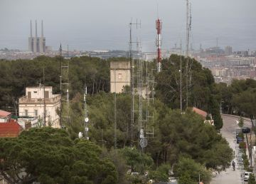 Las radios piratas disparan la radiación electromagnética en el Carmel