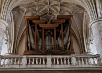 Meco nunca pidió a Arpegio un órgano para su Iglesia