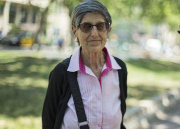La anciana contraria a los okupas de Gràcia se convierte en la abuela de Vox
