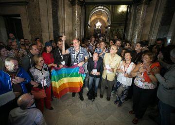 """Una edil del PP dice que los gais """"tienen trastocadas las hormonas"""""""