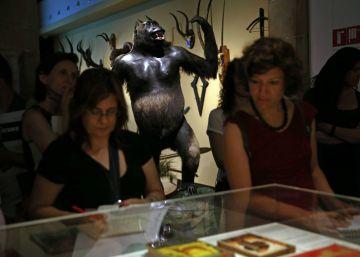 Gorilas en el corazón de las tinieblas de Barcelona
