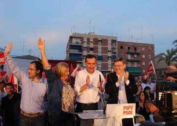 PP y A la valenciana arrancan la campaña de favoritos, según el CIS