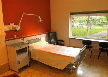 El hospital Virgen de la Poveda cede recursos públicos sin autorización