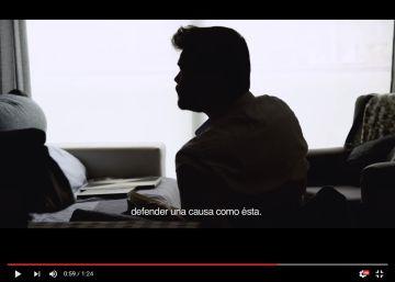 """Fútbol, birras y un """"morreo"""": así son los vídeos de campaña en Cataluña"""