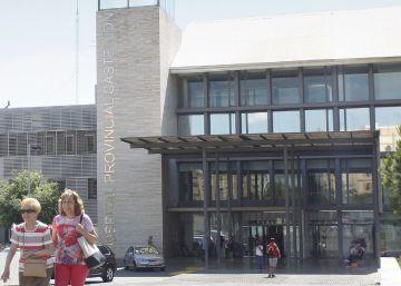 Moliner se desentiende de la gestión del Hospital Provincial