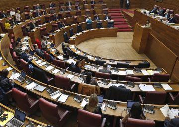 Las Cortes acotan las prerrogativas de los expresidentes del Consell