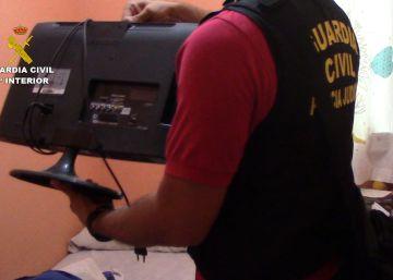 Detenido por grabar a menores con cámara oculta en vestuarios