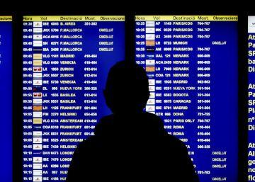 Los retrasos de Vueling y las huelgas amenazan el verano récord del Prat