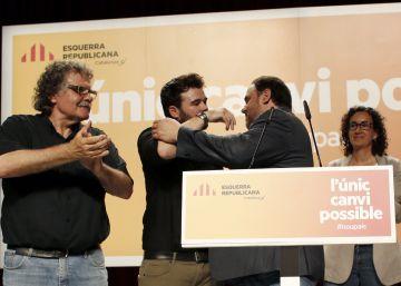 Gabriel Rufián (c), Oriol Junqueras (2d) y Joan Tardá.