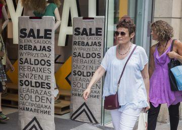 El adelanto de las rebajas en junio divide al comercio catalán
