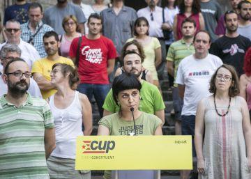 La CUP pide a Puigdemont una cumbre para el referéndum unilateral