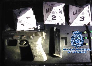 Arrestados tres hombres por disparar a otros dos a la salida de una discoteca