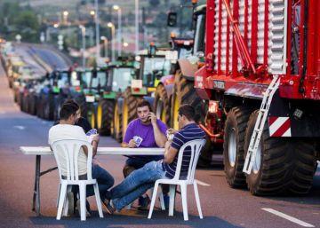 Óscar Corral gana el Galicia en Foco por una fotografía de la tractorada