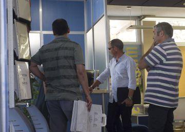 La Guardia Civil registra el Ayuntamiento de Benicàssim