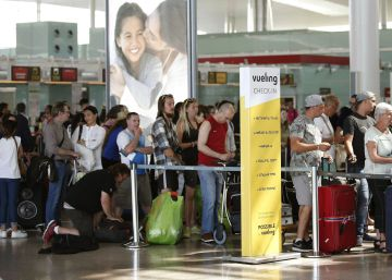 Los pilotos de Vueling trabajarán días libres para cubrir la planificación de vuelos