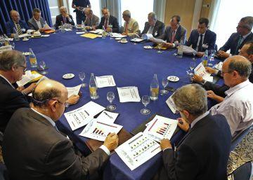 Empresarios alertan del riesgo de no poner fecha al corredor