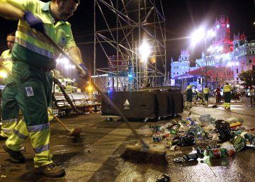 Comienzan a barrer Madrid los sancionados por ensuciar la vía pública