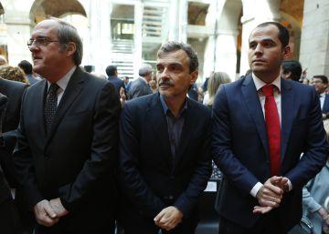 La oposición plantea limitar la libertad de horarios comerciales