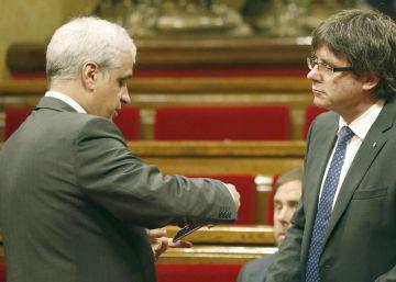 """Puigdemont denuncia el """"ridículo"""" del Gobierno del PP con Cataluña"""
