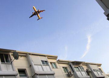 Dos pueblos sufren por el incremento del ruido de los aviones