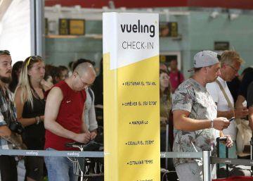 La Generalitat aprieta a Vueling para que compense a los afectados