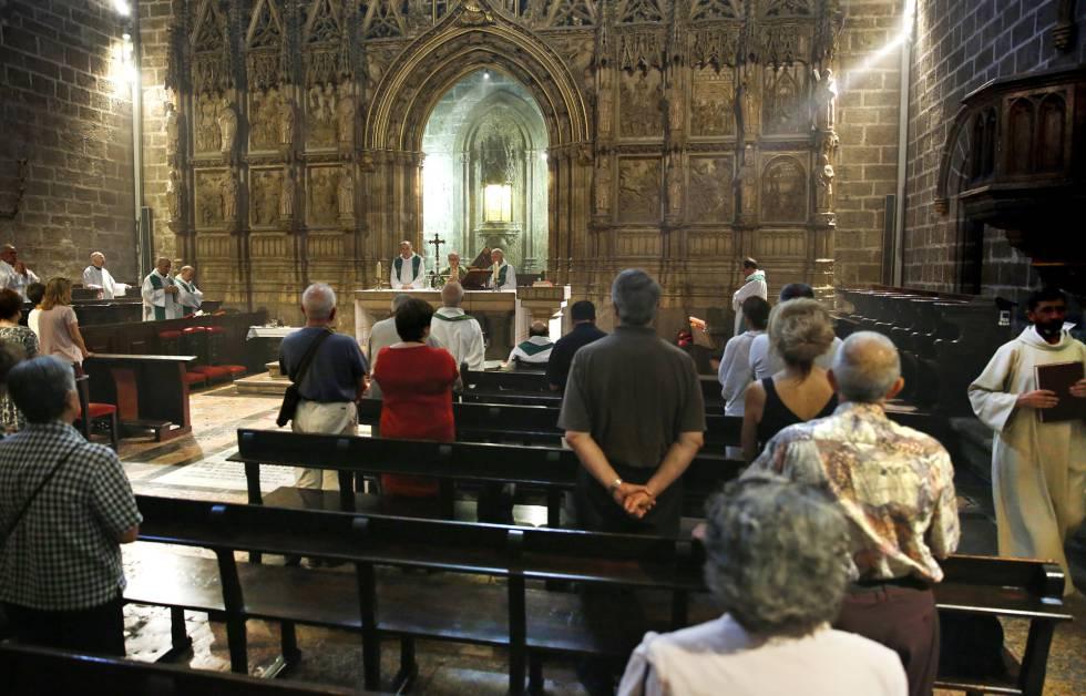 Misa en la catedral de Valencia.