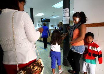 Ribó alerta de la exclusión sanitaria que sufren niños extranjeros
