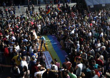 Apenas se han denunciado 17 de las 109 agresiones homófobas en Madrid