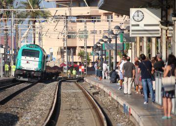 Descarrila un tren de mercancías en Tarragona y causa retrasos