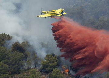 Controlados los dos focos del incendio de la Serra d'Espadà