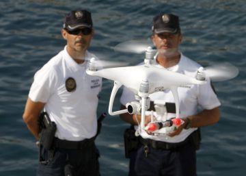 Os drones vigiam as praias espanholas