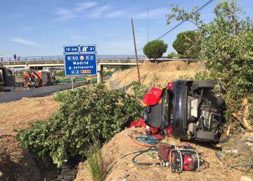 Dos fallecidos y dos heridos muy graves en un accidente en la A-1