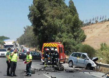 Un muerto y 17 heridos en un choque en Málaga