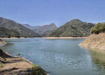 Municipios restringen el consumo de agua ante los acuíferos secos