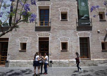 El Consell y la Universidad Católica de Valencia enfrentados por las becas universitarias