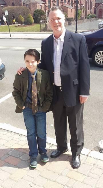 Innes y su hijo, Peter.
