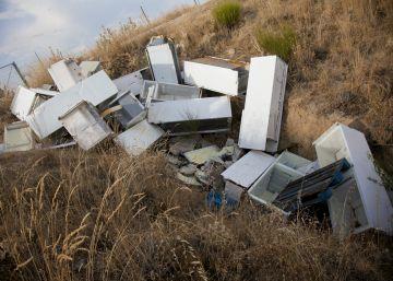 Los vertidos ilegales de basuras se ceban con El Molar