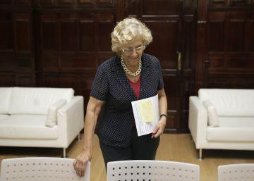 Carmena dice ahora que el plan contra la venta ambulante sigue en marcha