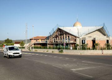 """""""La cúpula le da el toque... Así se sabe que es una mezquita"""""""