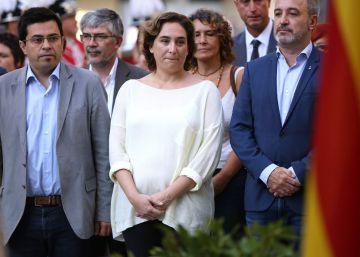 Colau pide la dimisión de Margallo