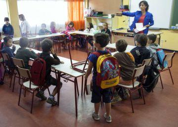 Diez colegios de San Blas inician el curso con las obras municipales sin terminar